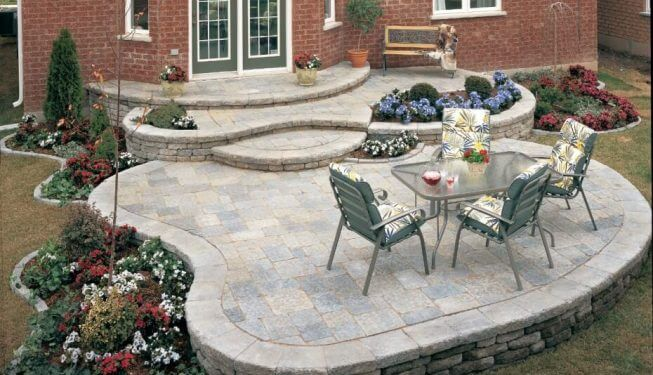 Beautiful overlapping curved patio