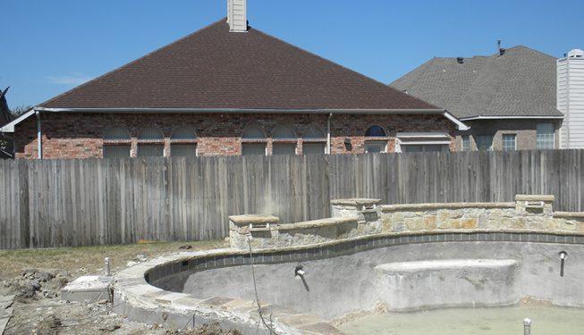 Modern Pool and Patio Design - Mauldin Home
