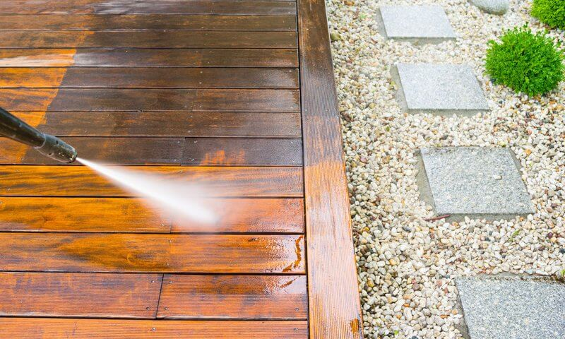 clean-up-wood-decking